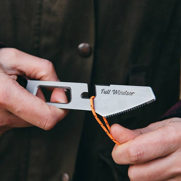 Full Windsor - The Muncher Titanium Multi Utensil